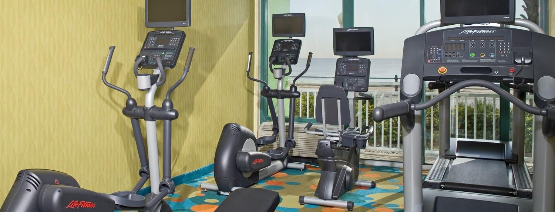 Virginia Beach Hotels - oceanfront Holiday Inn Virginia Beach Oceanside Fitness Center