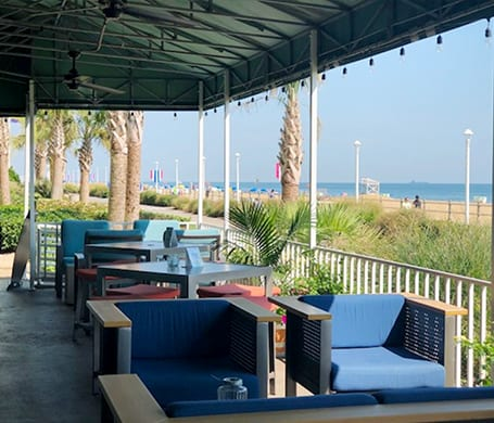 Hemingways outdoor patio oceanfront dining